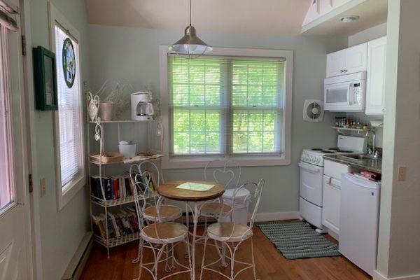 Suite 19 Kitchen